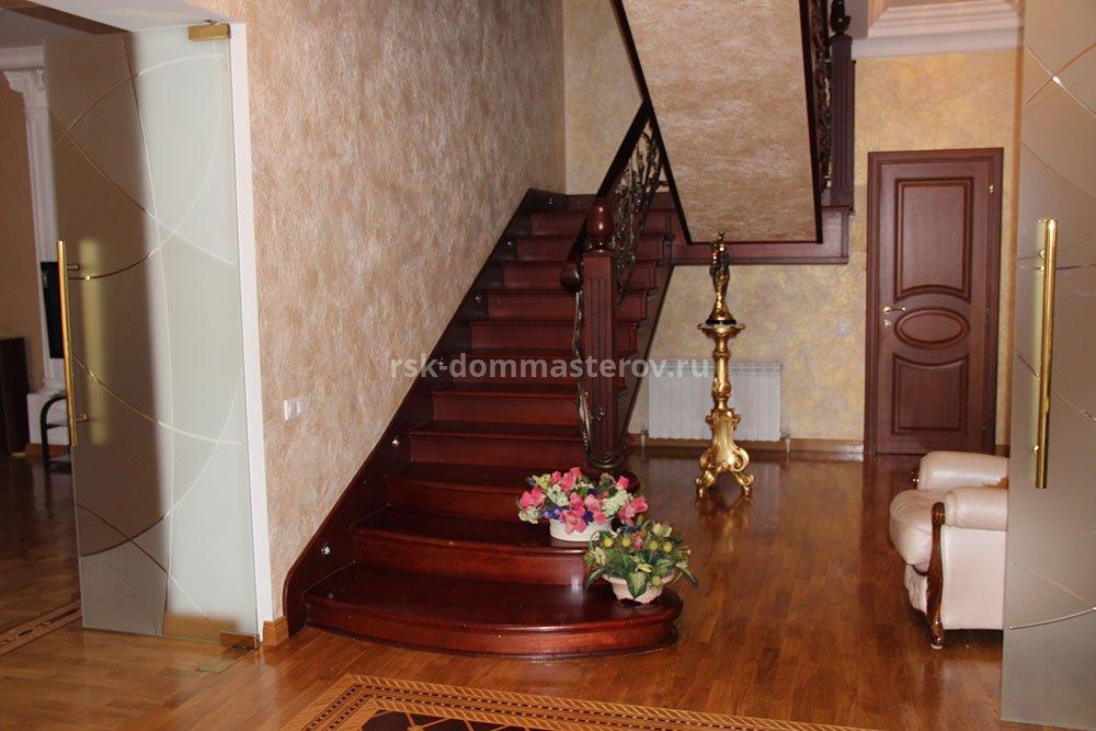 Лестницы 24- пример работы 'РСК ДОМ МАСТЕРОВ'