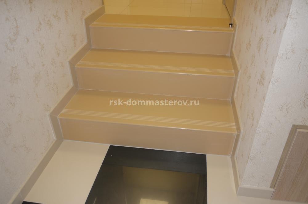 Лестницы 40- пример работы 'РСК ДОМ МАСТЕРОВ'